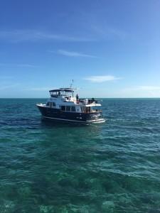 Smartini-cruising-across-Sea-of-Abaco